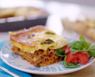 The Naked Blondie Creamy Cheesey Lasagne